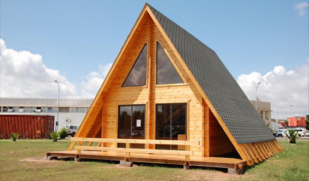 PYRAMID - Maison en bois avec madriers de type F2 de 56 m²